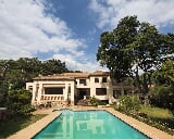 Photo 8 Bedroom House in Northcliff