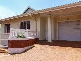 Retirement village for sale in Umhlanga Rocks - Trovit