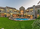 Photo 5 Bedroom House in Fourways