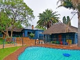 Photo 4 Bedroom House in Northcliff