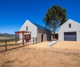 Photo 3 bedroom House For Sale in Hermanus Rural for...