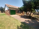 Photo 2 Bedroom House To Let in Rooihuiskraal
