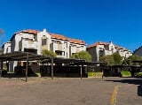 Photo 1 Bedroom Apartment in Sandton