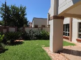 Photo 2 Bedroom Townhouse for sale in Olympus AH