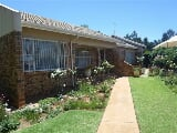 Photo 3 Bedroom House in Randpoort