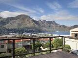 Photo 4 bedroomed house to rent hout bay