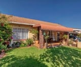 Retirement village for sale in Kloof - Trovit
