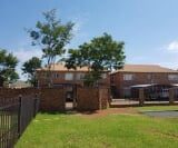 Photo 2 bedroom House To Rent in Pretoria West for R...