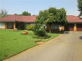 Photo 4 Bedroom House in Parys